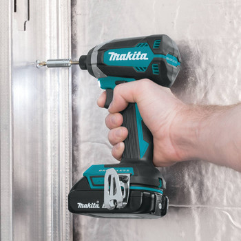 Factory Reconditioned Makita XDT13R-R 18V LXT Lithium-Ion Brushless 1/4 in. Hex Impact Driver Kit (2.0 Ah) image number 5
