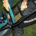 Makita XML06PT1 18V X2 (36V) LXT Lithium-Ion Brushless Cordless 18 in. Self-Propelled Commercial Lawn Mower Kit with 4 Batteries (5.0Ah) image number 22