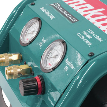 Factory Reconditioned Makita MAC2400-R 2.5 HP 4.2 Gallon Oil-Lube Air Compressor image number 8