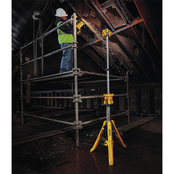 Dewalt DCL079B 20V MAX Cordless Tripod Light (Tool Only) image number 5