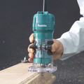 Makita 3709 4 Amp 1/4 in. Laminate Trimmer image number 2