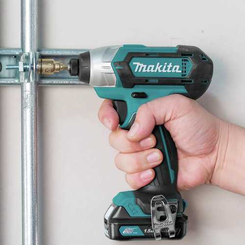 Makita CT232 12V max CXT 1.5 Ah Lithium-Ion 2-Piece Combo Kit image number 14