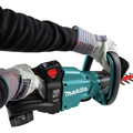 Makita XHU08T 18V LXT Lithium-Ion Brushless Cordless 30 in. Hedge Trimmer Kit (5 Ah) image number 7