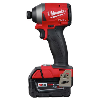 Milwaukee 2853-22 M18 FUEL 1/4 in. Hex Impact Driver XC Kit image number 3