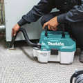Makita XCV11Z 18V LXT Lithium-Ion Brushless 2 Gallon HEPA Filter Portable Wet/Dry Dust Extractor/Vacuum (Tool Only) image number 6