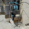 Factory Reconditioned Makita HM1111C-R 14 Amp AVT SDS-MAX Demolition Hammer image number 6