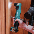 Makita AD04R1 12V max CXT Lithium-Ion 3/8 in. Cordless Right Angle Drill Kit (2 Ah) image number 9
