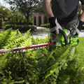Greenworks 22262 40V G-MAX Lithium-Ion 24 in. Rotating Hedge Trimmer image number 5