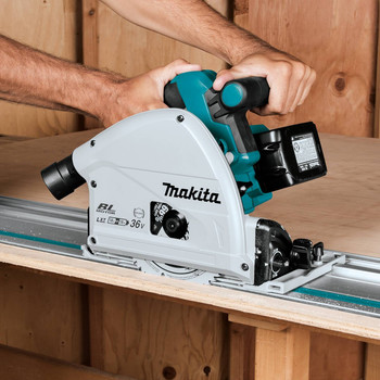 Factory Reconditioned Makita XPS01PTJ-R 18V X2 5.0 Ah Cordless Lithium-Ion Brushless 6-1/2 in. Plunge Circular Saw Kit image number 8