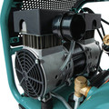 Makita MAC320Q Quiet Series 1-1/2 HP 3 Gallon Oil-Free Hand Carry Air Compressor image number 6