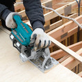 Makita XSR01PT 18V X2 LXT (36V) Brushless Cordless Rear Handle 7-1/4 in. Circular Saw Kit (5.0Ah) image number 6