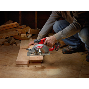 Milwaukee 2530-21XC M12 FUEL Li-Ion 5-3/8 in. Circular Saw Kit with XC Battery image number 7