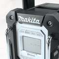Factory Reconditioned Makita XRM04B-R 18V LXT Cordless Lithium-Ion Bluetooth FM/AM Job Site Radio (Tool Only) image number 6
