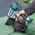 Makita AN454 1-3/4 in. Coil Roofing Nailer image number 10