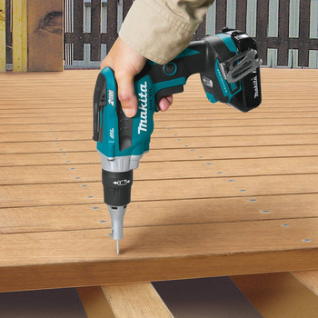 Makita XSF04R 18V LXT 2.0 Ah Lithium-Ion Compact Brushless Cordless 2,500 RPM Drywall Screwdriver Kit image number 8