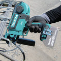 Makita XRT01ZK 18V LXT Lithium-Ion Brushless Cordless Rebar Tying Tool (Tool Only) image number 14