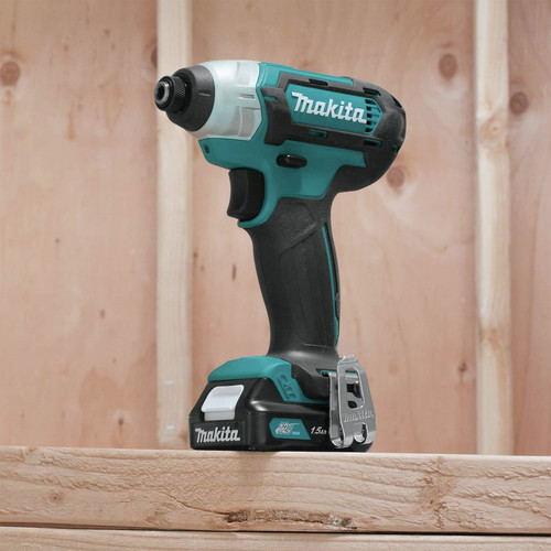 Makita CT232 12V max CXT 1.5 Ah Lithium-Ion 2-Piece Combo Kit image number 11