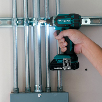 Factory Reconditioned Makita CT225R-R LXT 18V 2.0 Ah Cordless Lithium-Ion Compact Impact Driver and 1/2 in. Drill Driver Combo Kit image number 12