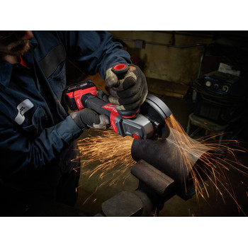 Milwaukee 2783-20 M18 FUEL Cordless 4-1/2 in. - 5 in. Braking Angle Grinder (Tool Only) image number 2