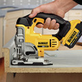 Dewalt DCS331M1 20V MAX Lithium-Ion 3000 SPM Cordless Jigsaw Kit (3 Ah) image number 3