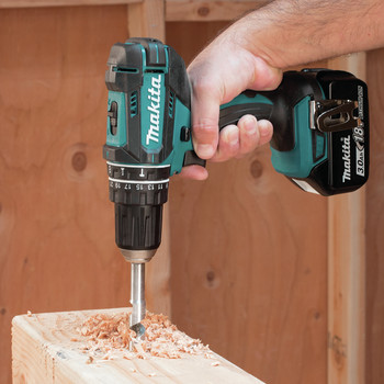 Factory Reconditioned Makita XPH102-R 18V LXT Lithium-Ion Cordless 1/2 in. Hammer Driver-Drill Kit image number 2