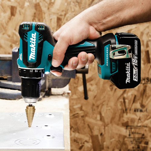 Makita XFD131 18V LXT Lithium-Ion Brushless Compact 1/2 in. Cordless Drill Driver Kit (3 Ah) image number 8