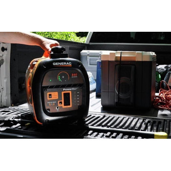 Generac 6866-6883BNDL Portable Inverter Generator with 50 ft. Power Cord Reel image number 12