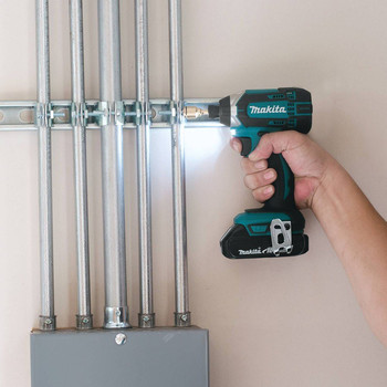 Factory Reconditioned Makita XDT11R-R 18V Compact Lithium-Ion Cordless Impact Driver Kit image number 2