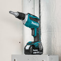 Makita XSF03T 18V LXT 5.0 Ah Lithium-Ion Brushless Cordless Drywall Screwdriver Kit image number 3