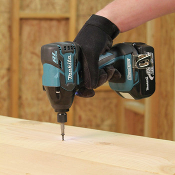Factory Reconditioned Makita XDT08Z-R LXT 18V Cordless Lithium-Ion Brushless 1/4 in. Impact Driver (Tool Only) image number 1