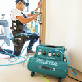 Makita MAC320Q Quiet Series 1-1/2 HP 3 Gallon Oil-Free Hand Carry Air Compressor image number 14