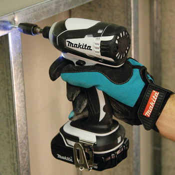 Factory Reconditioned Makita XDT04RW-R 18V LXT 2.0 Ah Cordless Lithium-Ion 1/4 in. Impact Driver Kit image number 2
