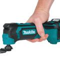 Makita MT01R1 12V max CXT Lithium-Ion Multi-Tool Kit image number 6
