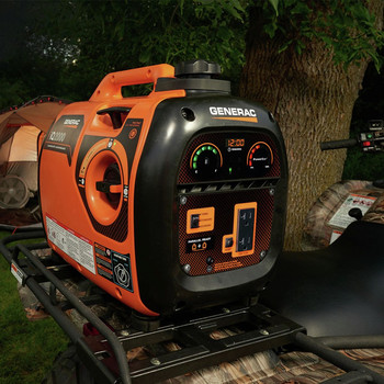 Generac 6866-6883BNDL Portable Inverter Generator with 50 ft. Power Cord Reel image number 13