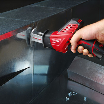 Milwaukee 2420-21 M12 Lithium-Ion HACKZALL Reciprocating Saw Kit with Battery image number 8