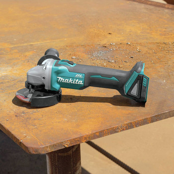 Factory Reconditioned Makita XAG04Z-R 18V LXT Lithium-Ion Brushless Cordless 4-1/2 / 5 in. Cut-Off/Angle Grinder, (Tool Only) image number 2
