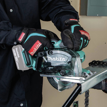 Makita XSC03Z 18V LXT Lithium-Ion Cordless 5-3/8 in. Metal Cutting Saw with Electric Brake and Chip Collector (Tool Only) image number 9