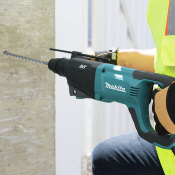 Factory Reconditioned Makita HR2641-R 1 in. AVT SDS-Plus D-Handle Rotary Hammer image number 3