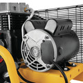 Dewalt DXCM251 25 Gallon 200 PSI Portable Vertical Electric Air Compressor image number 10