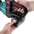 Makita XHU08T 18V LXT Lithium-Ion Brushless Cordless 30 in. Hedge Trimmer Kit (5 Ah) image number 6