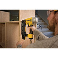 Dewalt DWFP71917 Precision Point 16-Gauge 2-1/2 in. Finish Nailer image number 4