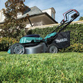 Makita XML06PT1 18V X2 (36V) LXT Lithium-Ion Brushless Cordless 18 in. Self-Propelled Commercial Lawn Mower Kit with 4 Batteries (5.0Ah) image number 13