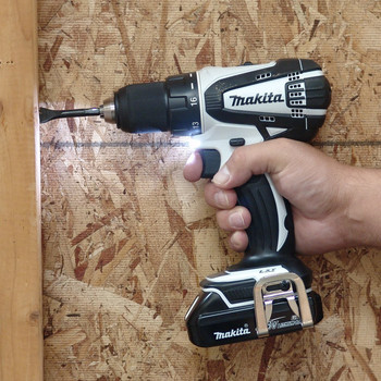 Factory Reconditioned Makita XFD01WSP-R 18V LXT Lithium-Ion Compact 1/2 in. Cordless Drill Driver Kit (1.5 Ah) image number 2
