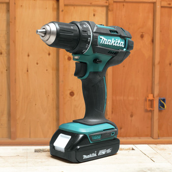 Factory Reconditioned Makita CT225R-R LXT 18V 2.0 Ah Cordless Lithium-Ion Compact Impact Driver and 1/2 in. Drill Driver Combo Kit image number 16