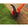 Black & Decker ST7700 4.4 Amp 13 in. 2-in-1 Straight Shaft Electric String Trimmer / Edger image number 7