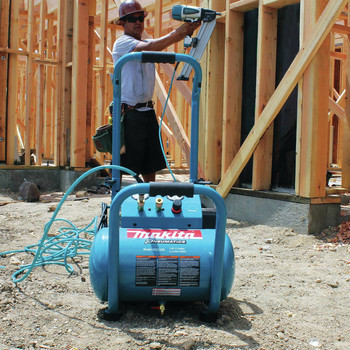 Factory Reconditioned Makita MAC5200-R 3.0 HP 5.2 Gallon Oil-Lube Wheeled Dolly-Style Air Compressor image number 13