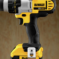Dewalt DCD980M2 20V MAX Lithium-Ion Premium 3-Speed 1/2 in. Cordless Drill Driver Kit (4 Ah) image number 8