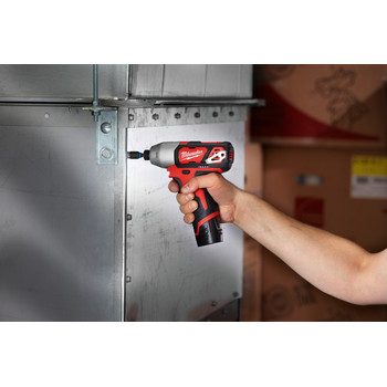 Milwaukee 2462-22 M12 12V Cordless Lithium-Ion 1/4 in. Hex Impact Driver Kit image number 7