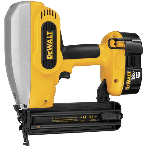 Dewalt DC608K 18V XRP Cordless 18-Gauge 5/8 in. - 2 in. Brad Nailer Kit