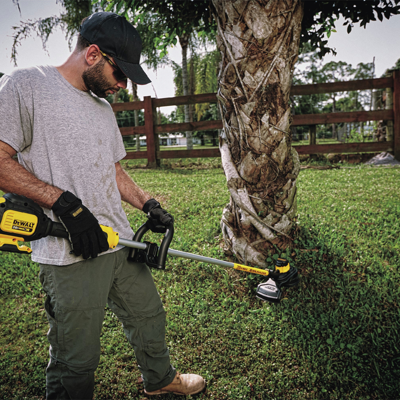 20V MAX Lithium-Ion XR Brushless 13 in. String Trimmer features lightweight and compact design